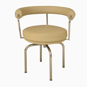 Italienischer Modell LC7 Drehstuhl von Le Corbusier für Cassina, 1990er