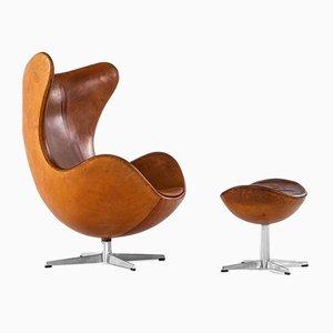 Chaise Œuf Modèle 3316 et Tabouret Modèle 3127 par Arne Jacobsen pour Fritz Hansen, 1967