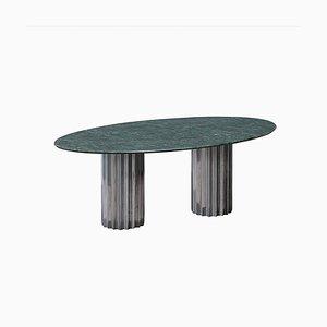 Mesa de comedor Doris de mármol serpentino en verde y aluminio fundido de Fred & Juul
