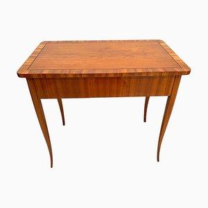 Antiker Biedermeier Schreibtisch aus Kirschholz, 1830er