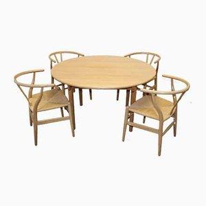 Set aus Esstisch & Stühlen aus Eiche von Hans J Wegner für Carl Hansen & Søn, 1960er