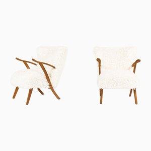 Sessel mit Gestell aus Eiche & weißem Fellstoff, 1950er, 2er Set