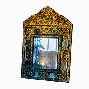 Antiker Spiegel im Barockstil