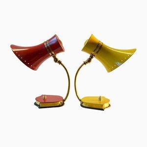 Rote & gelbe italienische Mid-Century Tischlampen aus Aluminium & Messing von Stilnovo, 2er Set