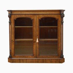Librería victoriana antigua