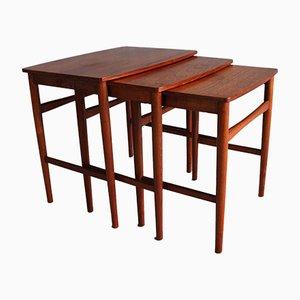 Tavolini ad incastro in teak, Danimarca, anni '60, set di 3