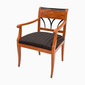 Antiker Biedermeier Armlehnstuhl aus Kirschholz