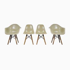 Vintage Esszimmerstühle von Charles & Ray Eames für Herman Miller, 4er Set