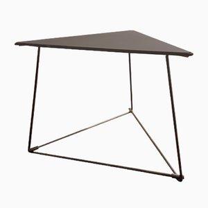 Tavolino triangolare Oti in acciaio di Niels Gammelgaard per Ikea, anni '80