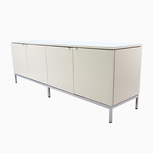 2543 Sideboard by Florence Knoll Bassett for Knoll Inc. / Knoll International, 1968