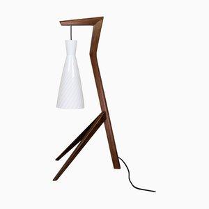 Tischlampe mit Fuß aus amerikanischem Nussholz von Savelkouls