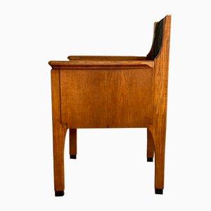Art Déco Armlehnstuhl aus Eiche von Hendrik Wouda, 1920er