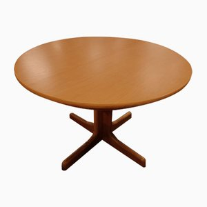 Extendable German Oak Round Dining Table from Casala, 1970s