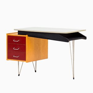 Niederländischer Schreibtisch von Cees Braakman für Pastoe, 1950er