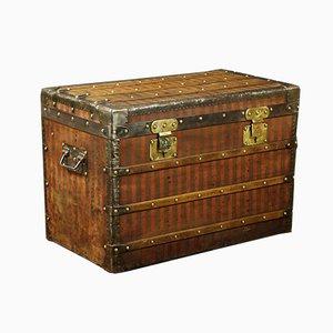 Coffre Antique par Louis Vuitton