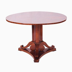 Antique Biedermeier Austrian Walnut Folding Round Table, 1830s