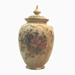 Hand-Painted Pot from Royal Worcester, 1917