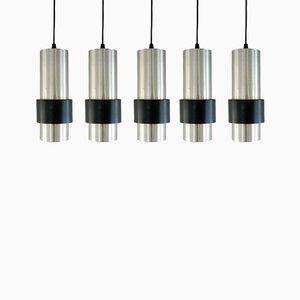 Lámparas colgantes Mid-Century de aluminio y metal negro. Juego de 5