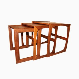 Mesas nido modelo Quadrille de teca de Victor Wilkins para G-Plan, años 60. Juego de 3