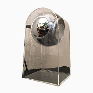 Lámpara de mesa italiana Mid-Century de cromo y plexiglás, años 70