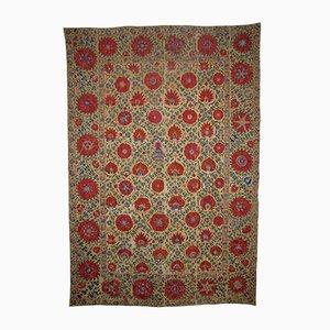 Alfombra Suzani Bokhara antigua bordada en seda