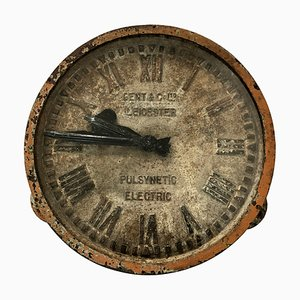 Orologio grande antico in ghisa di Gent & Co Ltd Leicester
