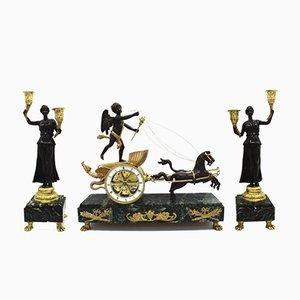 Juego de candelabro y reloj de péndulo antiguo estilo Imperio francés de bronce dorado y mármol