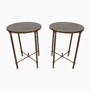Mesas auxiliares vintage redondas de latón. Juego de 2