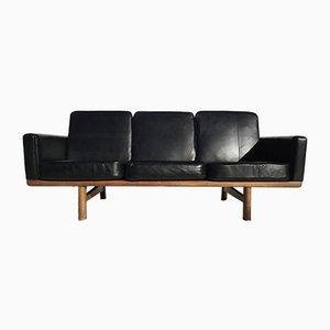 Sofá de cuero negro de Hans J. Wegner para Getama, años 50