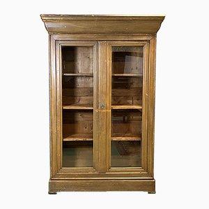 Mueble antiguo de abeto