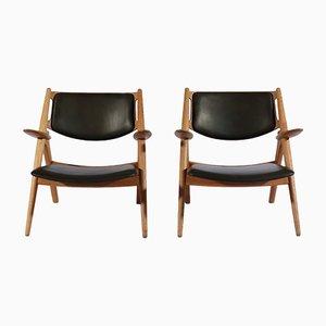 Modell Sawbuck Armlehnstühle aus Eiche & Leder von Hans J. Wegner für Carl Hansen & Søn, 1950er, 2er Set