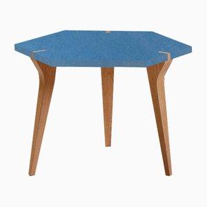 Tavolo basso Tabuli blu di Vincenzo Castellana per Desine