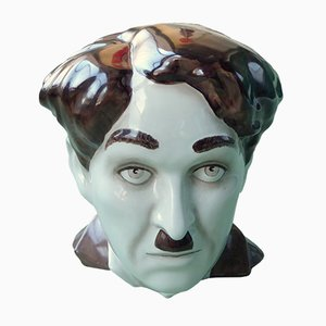 Busto Charlie Chaplin de cerámica de Morris Rushton para Flesh Stoots, años 70