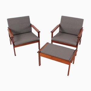 Capella Lounge Chairs & Stool by Illum Wikkelsø for Niels Eilersen, 1960s, Set of 3