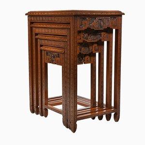 Mesas nido chinas talladas, años 50