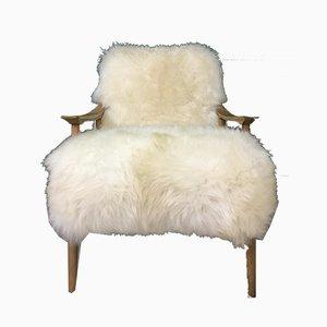 Art Déco Vintage Sessel mit weißem Schaffellbezug
