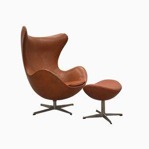 Chaise Œuf Vintage et Ottomane par Arne Jacobsen pour Fritz Hansen, années 60, Set de 2