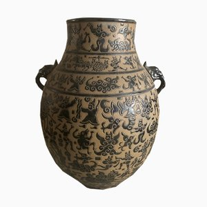 Antike vietnamesische Keramikvase