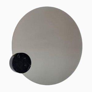 Moon Spiegel mit Marmordekor von Sebastian Scherer