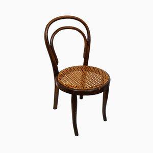 Kleiner antiker Stuhl aus Bugholz
