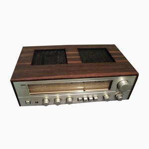 Sintonizador-amplificador NAD 7020 de Bjørn Erik Edvardsen para Nad, años 80