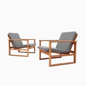 Modell 2256 Sessel mit Gestell aus Eiche von Børge Mogensen für Fredericia Stolefabrik, 1960er, 2er Set