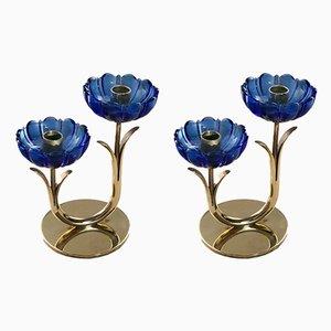 Candelabros de latón y vidrio azul de Gunnar Ander para Ystad-Metall, años 50. Juego de 2