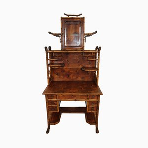 Antiker Schreibtisch aus Bambus