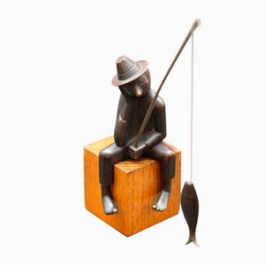 Bronze Sitting Fisherman Sculpture by Franz Hagenauer for Werkstaette Hagenauer, 1950s