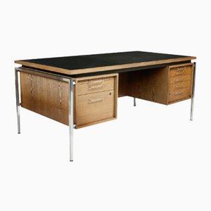 Schreibtisch mit Chromgestell & schwarzer Resopalplatte, 1960er