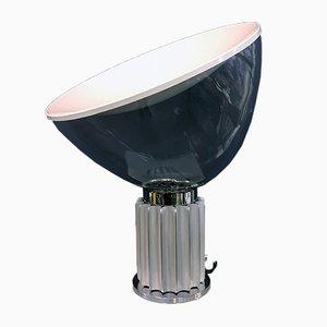 Italienische Modell Taccia Tischlampe von Achille & Pier Castiglioni für Flos, 1960er