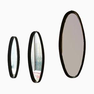 Espejos italianos ovales de madera maciza, años 60. Juego de 3