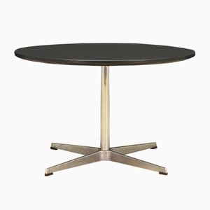 Danish Aluminum and Chrome Plated Round Dining Table by Arne Jacobsen for Fritz Hansen