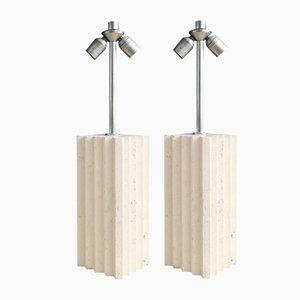 Lámparas de mesa italianas con bloque de travertino, años 70. Juego de 2